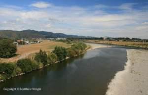 The Hutt river, looking south towards the rail bridge. Usually there's a lot more water in it than this.