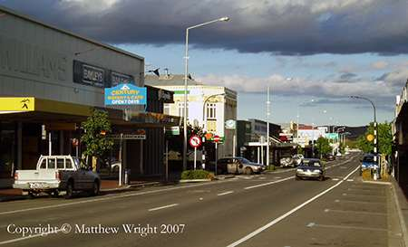 A photo I took of central Waipukurau in 2007, nowhere near the offending motel and at a totally different time...