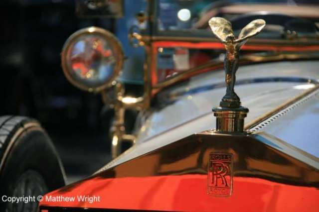The Spirit of Ecstasy, 1920 style.