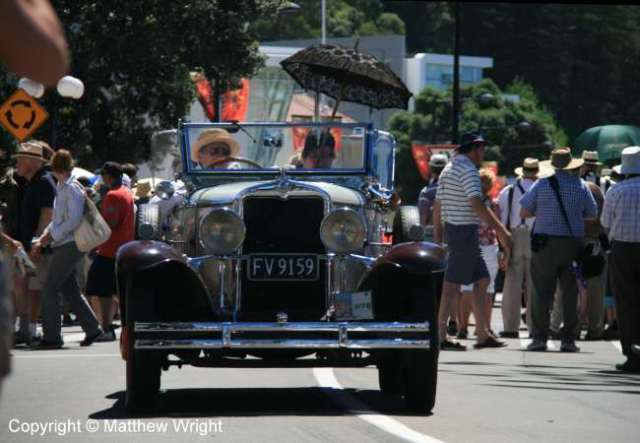 'Art Deco' car parade, Napier, February 2014.