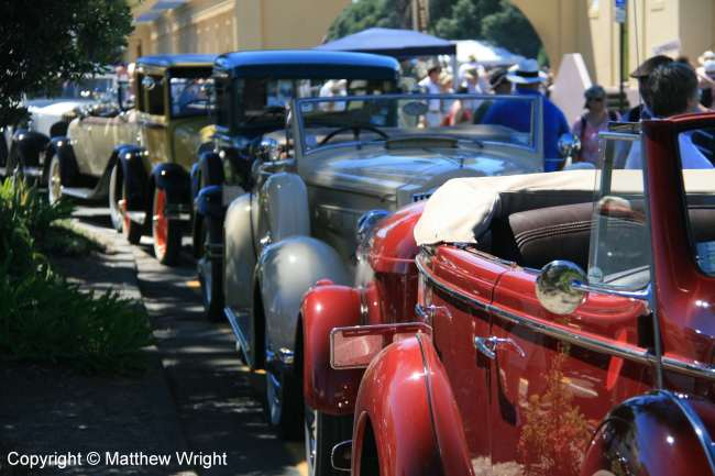 Cars lined up after the deco-age parade, Napier, 2014.
