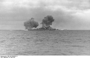 KM Bismarck in action against HMS Hood and HMS Prince of Wales, 24 May 1941. Bundesarchiv_bild_146-1984-055.