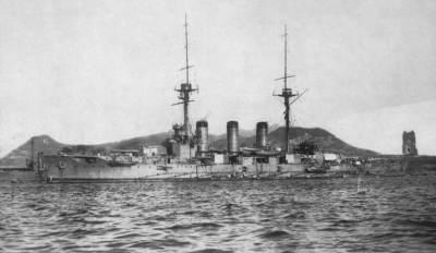 Japanese_cruiser_Ibuki_ca_1910